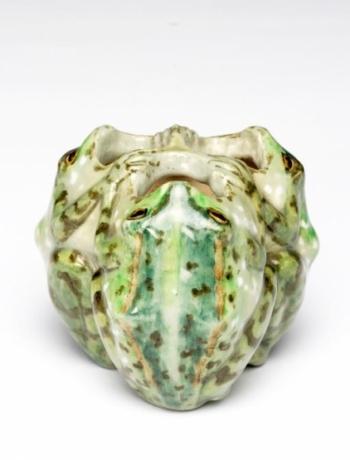 Frog Cluster