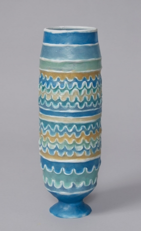 Barrel Urn with Waves