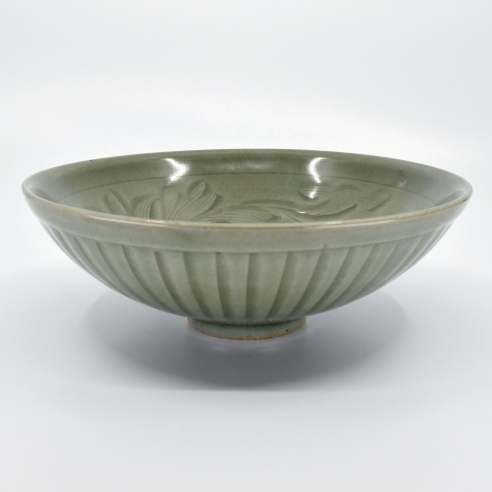 Yaozhou Carved and Combed Celadon 'Lotus' Bowl