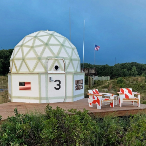 Installation of a portable housing dome by Tom Sachs