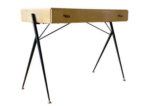 Silvio Cavatorta writing desk