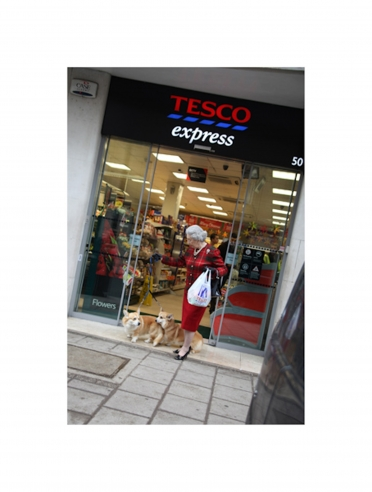 The Queen at Tesco