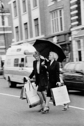 Diana and Marilyn shopping