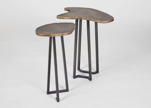 Side tables fanning