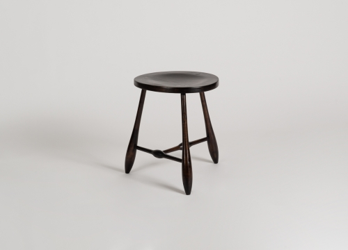 Tripodal Stool with a Concave Seat