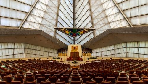 David Hartt installation at Beth Sholom Synagogue - The Histories  (Le Manceniller)