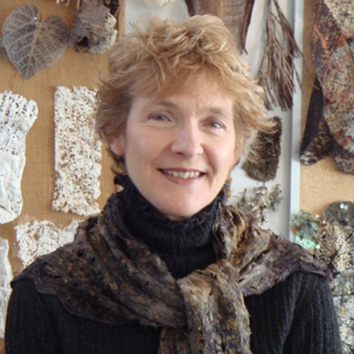 Lesley Richmond's Interview with TextileArtist.org (Video)
