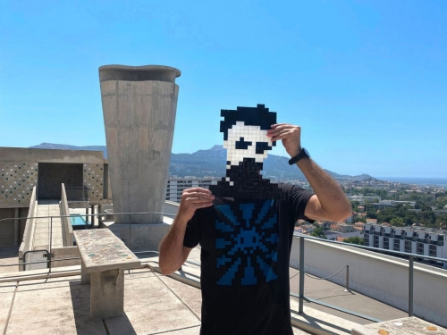 ARTNET | INVADER IN MARSEILLE