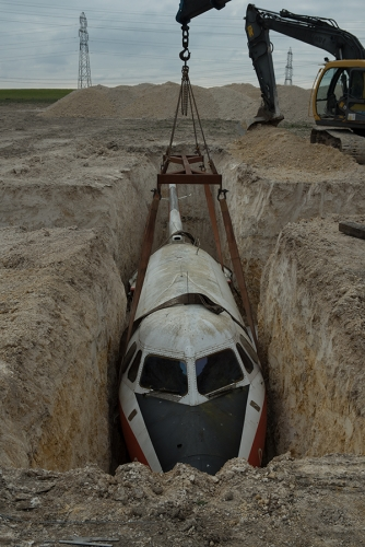 Hiorns buried airplane