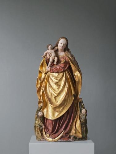 Virgin and Child sculpture