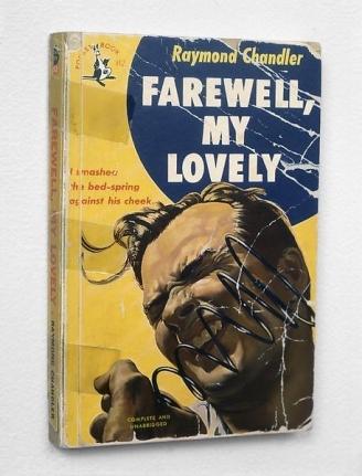Raymond Chandler book cover