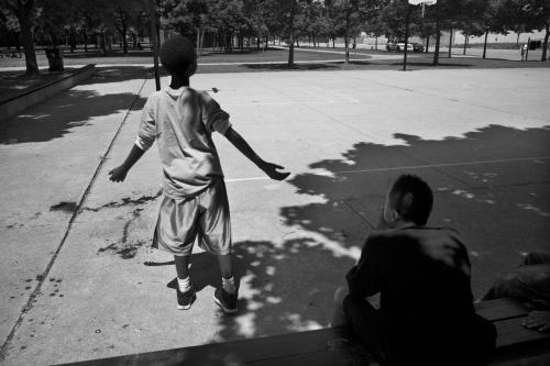 Carlos Javier Ortiz, Darius Brown, Bronzeville, Chicago (From We All We Got), 2011, Archival pigment print on Hahnemuhle Photo Silk Baryta