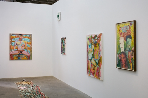 Alex Chaves,The Amerikan Green Cross, installation view, 2015.