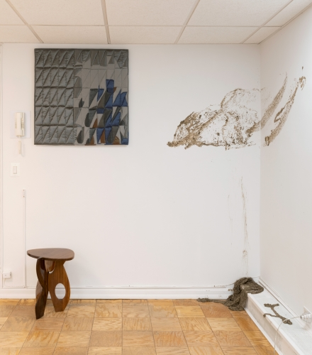 TOES, KNEES, SHOULDERS, HEADS + BUTTS & GUTS, installation view at Meredith Rosen Gallery, New York, NY, 2021. Photo: Adam Reich
