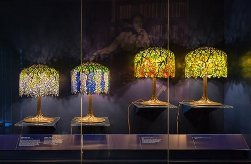 NY Historical Society: Gallery of Tiffany Lamps