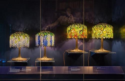 NY Historical Society: Gallery of Tiffany Lamps