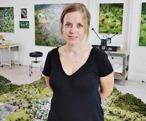 Amy Bennett at Ameringer | McEnery | Yohe and Richard Heller Gallery