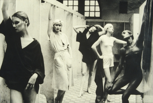 VERA WANG PAYS TRIBUTE TO DEBORAH TURBEVILLE IN VOGUE