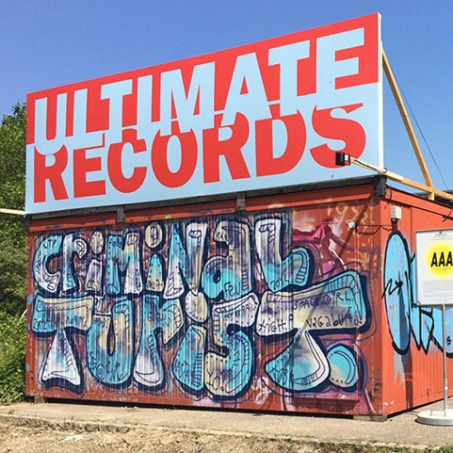 IAN ANÜLL: ULTIMATE RECORDS