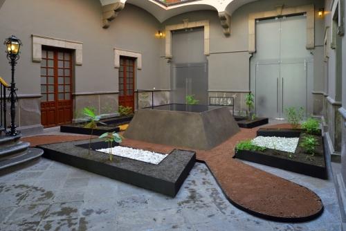 Mariana Castillo Deball y Diana Magaloni participating in Museo Amparo in Puebla with her exhibition In Tlilli In Tlapalli