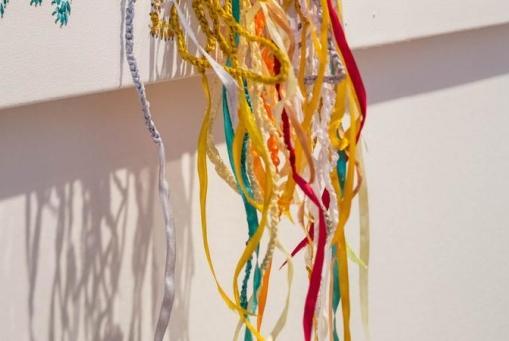 Nicholas Hlobo: Zawelela ngale