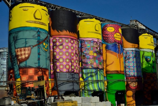 Watch Os Gêmeos Transform Industrial Silos Into Wondrous Giants