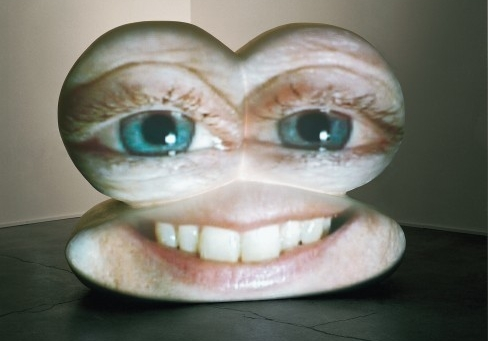 Tony Oursler: M*r>0r