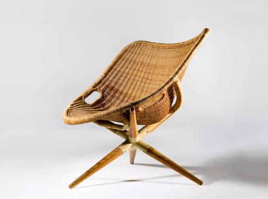 Motte Tripod Chair