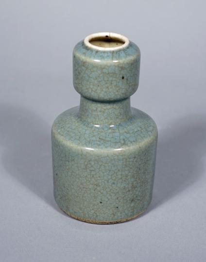 Chinese Ru-Type Glazed Mallet Vase