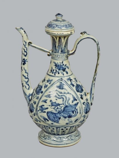 Rare Chinese Blue and White Porcelain Ewer
