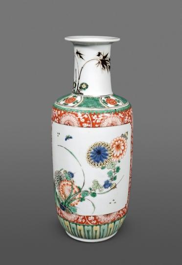Fine Chinese Famille Verte Porcelain Rouleau Vase