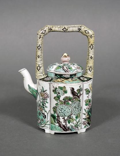 Rare Chinese Famille Verte/ Noire Porcelain Teapot