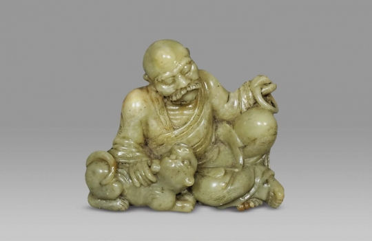 CHINESE CARVED SOAPSTONE FIGURE OF A LOHAN