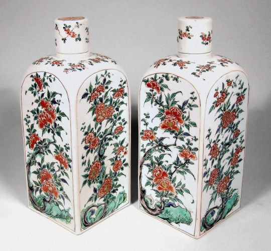 Pair of Chinese Famille Verte Porcelain Quadrangular Bottles and Covers