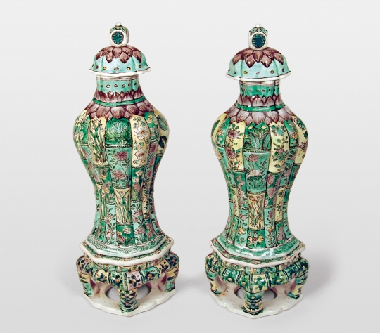 Pair of Chinese Famille Verte Porcelain Bamboo Form Vases and Covers with Porcelain Stands