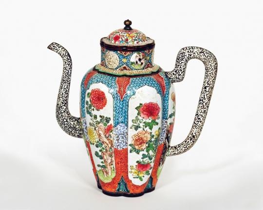 Fine Canton Enamel Wine Pot