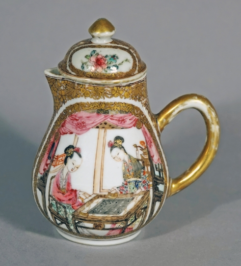 Superb Chinese Famille Rose Porcelain Creamer