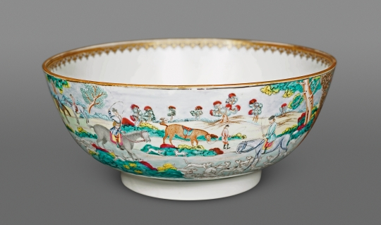 Chinese Famille Rose Export Porcelain Hunt Bowl