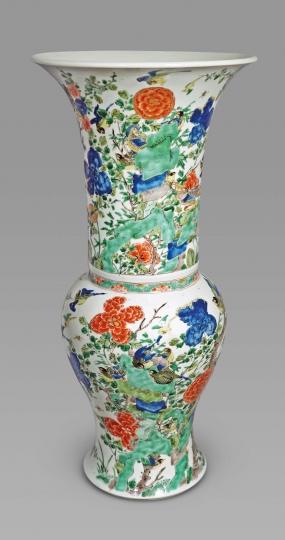 Fine Chinese Famille Verte Porcelain Phoenix-Tail Vase