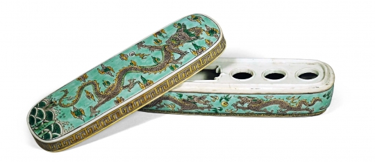 Fine and Rare Chinese Green Ground Famille Verte Porcelain Penbox