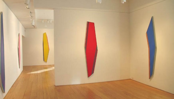Kenneth Noland: Shaped Paintings 1981-82