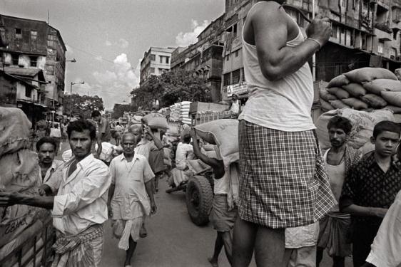 Raghu Rai MIGRATORY LABOURERS, KOLKATA 2005 Digital scan of photographic negative on archival paper 20 x 30 in.