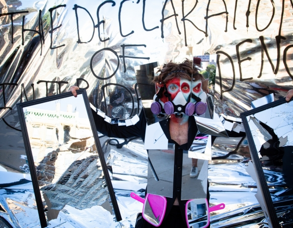 Mirror Mirror Man launches the Declaration of Interdependence