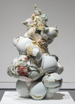 Yeesookyung Locks Gallery Translated Vase