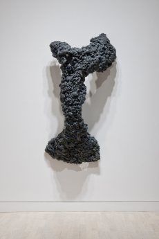 Lynda Benglis Locks Gallery Figure 1