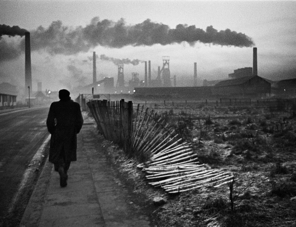 Don McCullin, Early Morning, West Hartlepool, 1963, Howard Greenberg Gallery, 2019