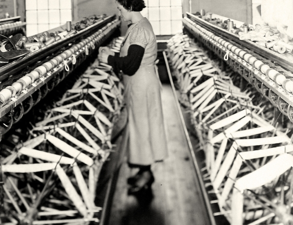 EVENT: The WPA Photographs of Lewis Hine: Judith Gutman & Sean Wilentz