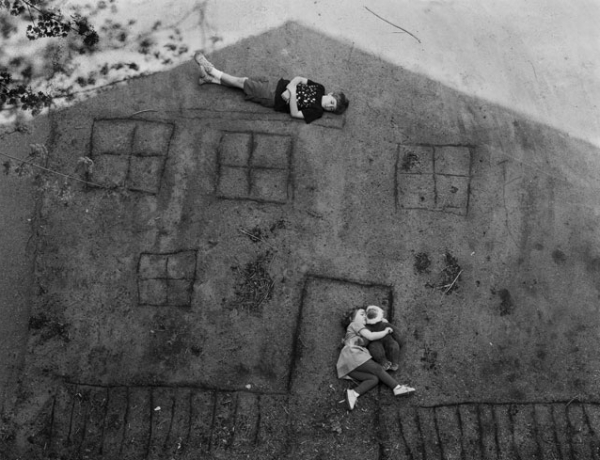 My Kid Could Shoot That!—Abelardo Morell's Work from a Child's Perspective
