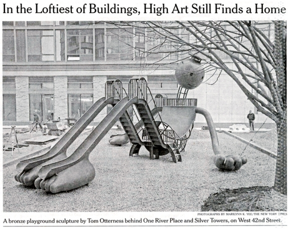 In the Loftiest of Buildings, High Art Still Finds a Home