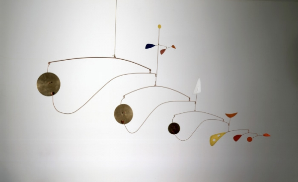 "Alexander Calder's Mobiles Are ""An Engineer of Beauty"""